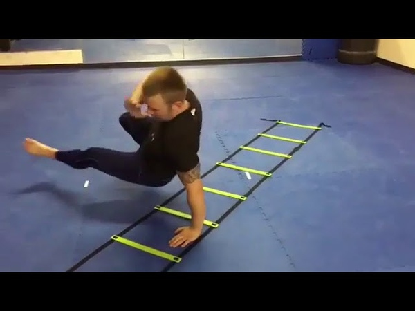 Отличные упражнения на координационной лестнице