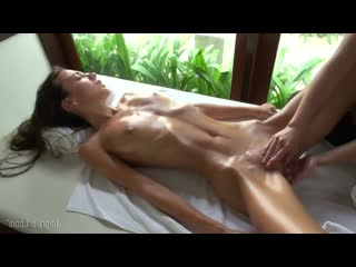 Hegre-art_-_screaming_volcano_orgasm_massage порно лезбиянки