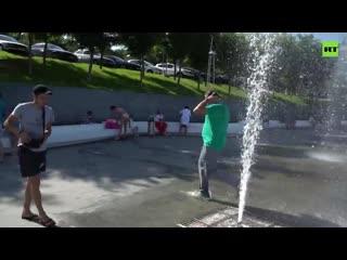 Не хуже, чем в Мариуполе: Саакашвили пробежал через фонтан в Одессе