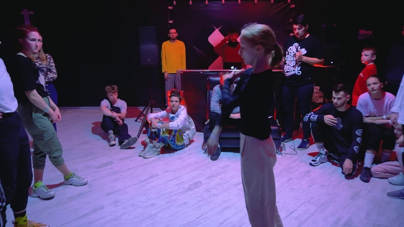 E Stylez 1 4Final Vicsta VS Чернямина KRASNODAR CYPHER MOVE PROVE 2020
